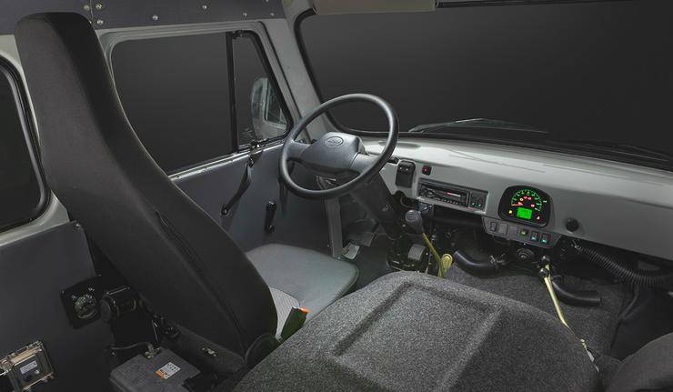 Новый УАЗ-буханка: место водителя